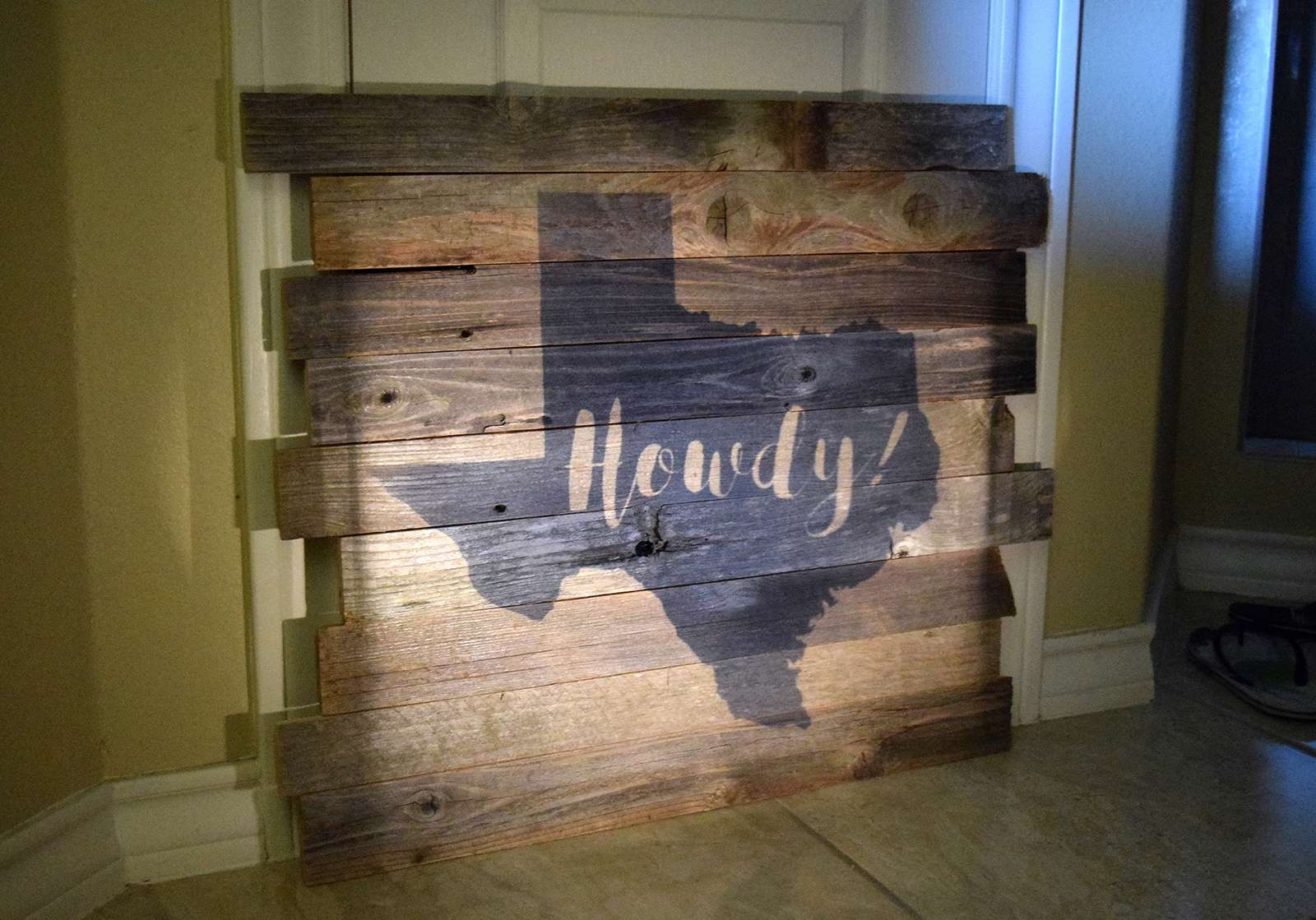 Pallet Art Aleenes Glue Products Craft Diy Project Adhesives Reclaimed